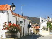 The beautiful village of Provesende