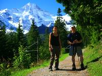 Walking to Murren